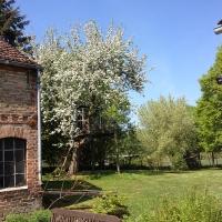 14_Garten und Stall
